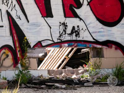 Abandoned building Highway 1-SB216816