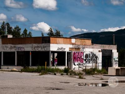 Abandoned building Highway 1-SB216904